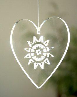 Przezroczysta zawieszka w kształcie serca