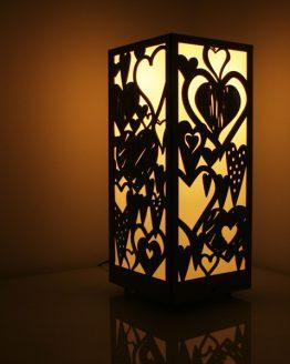 mała lampa dekoracyjna