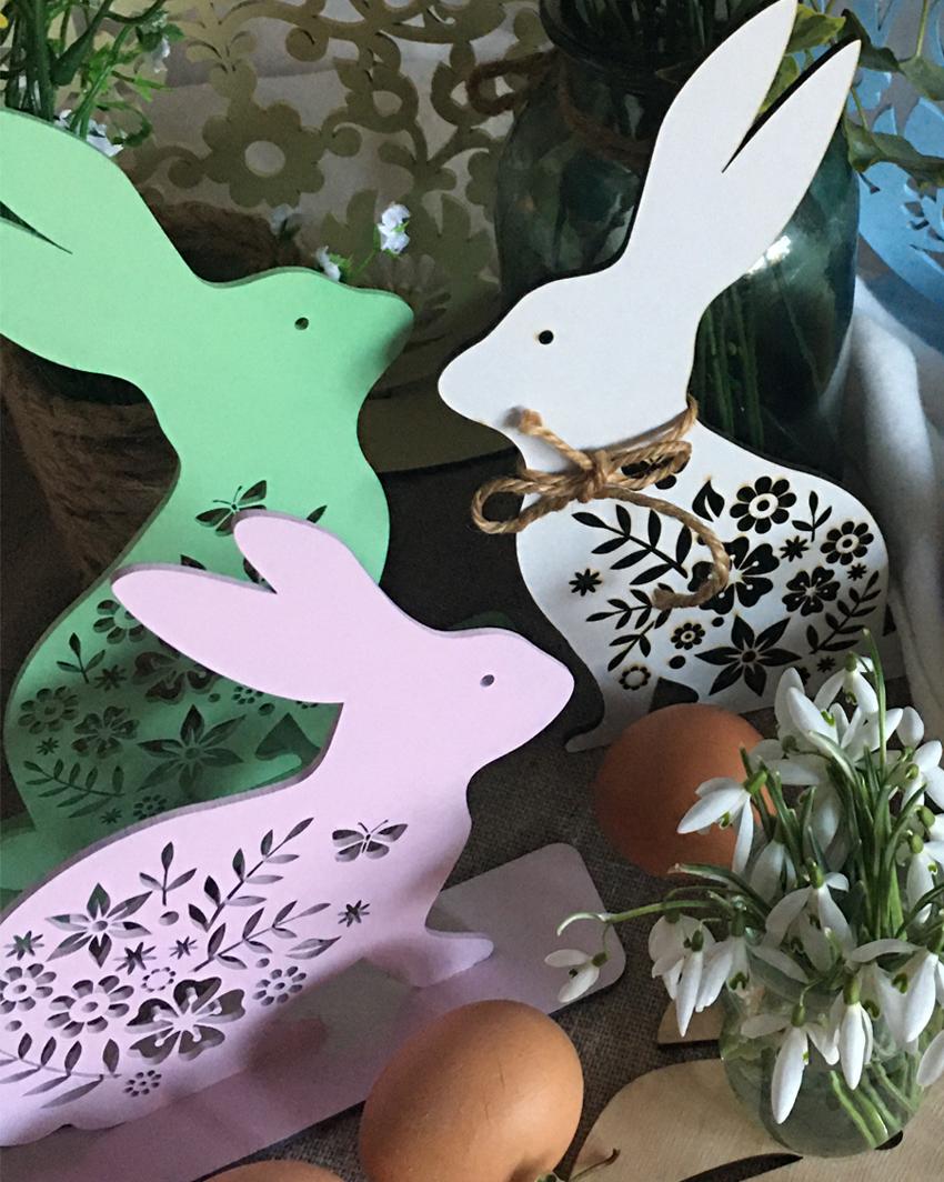 zajączki - drewniane dekoracje